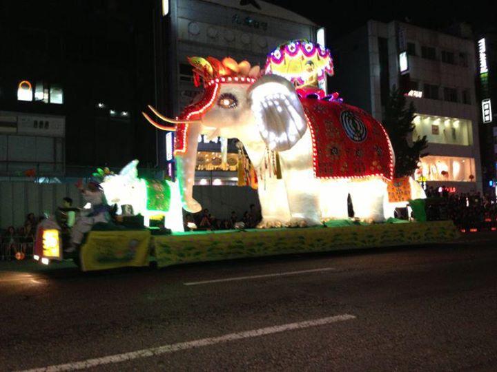 סיאול, פסטיבל מנורות הלוטוס | טיול מאורגן לקוריאה