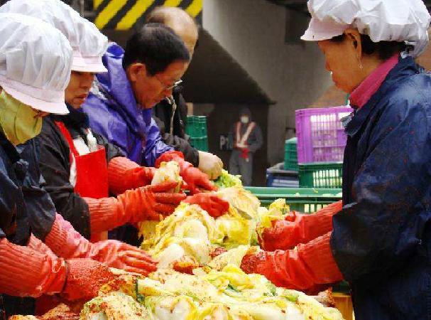 קימצ'י | הפאזל הקוריאני | יעל שגיא | Explore korea | טיולים מאורגנים לדרום קוריאה