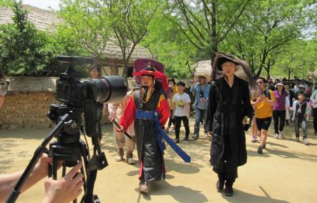 קולנוע קוריאני – בין לאומיות לבין לאומיות   מיכל חנוכה
